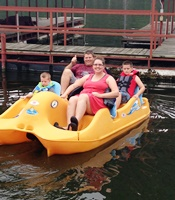 Family Fun at Cricket Creek Marina