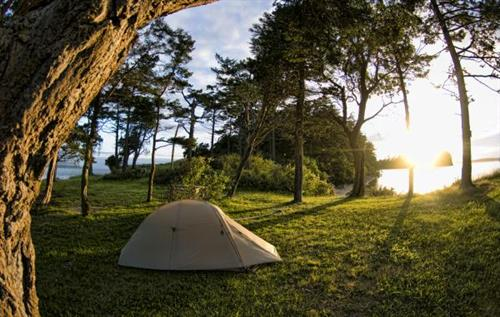 camping out at Sucia Island on a 3-Day trip with Anacortes Kayak Tours.