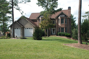 Palace in the Pines. 5 bedroom 4.5 bath home with Hot tub and Swimming Pool.