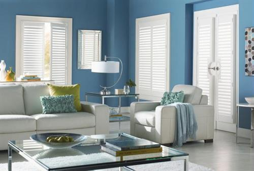 Composite blinds withstand harsh sunlight and are great in rooms that get extra sun exposure.  Energy saving composite blinds actually help reduce heat from harmful UV rays for better temperature control!