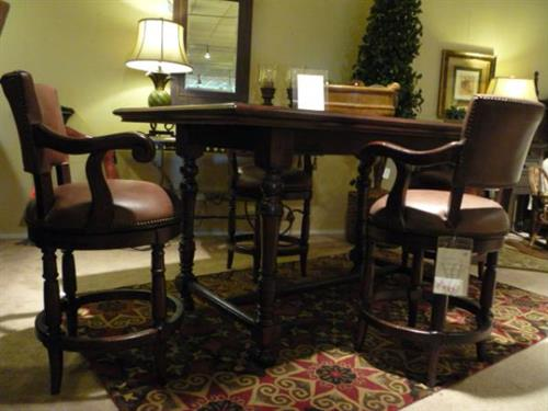 Lexington Fielddale Lodge Counter-height table and stools