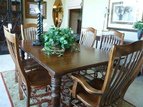 Nichols and Stone Dining Set