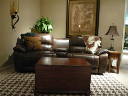 FlexSteel Latitudes Reclining Sofa with Hooker Trunk Table