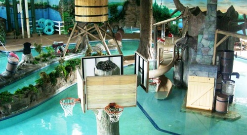 Paul Bunyan Indoor Waterpark