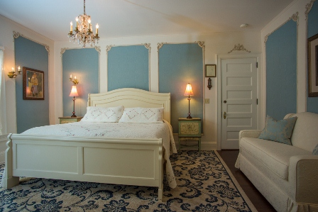 Cartier Mansion - Blue Silk Room