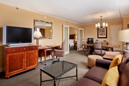 8 Deluxe Suites include 2 HDTVs, living room and dining room