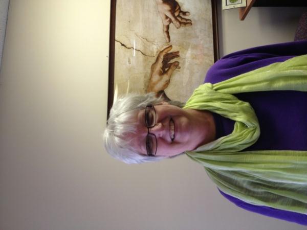 Juanita Weiss, Volunteer