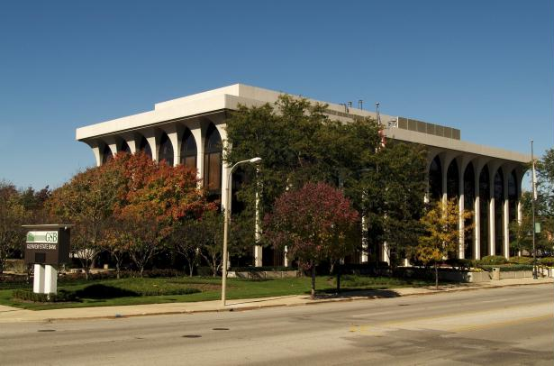 Main Bank: 800 Waukegan Rd., Glenview, IL 60025