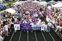 Survivor lap crowd at Relay event