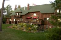 Siskiwit Bay Lodge on Lake Superior
