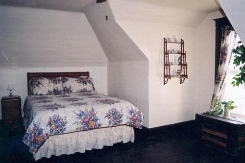 Gallery Image bedroom.jpg