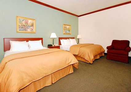 Kress Inn Two Queen Bed Suite