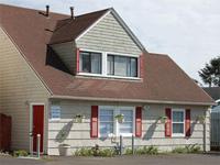 Columbia House - Sandy Cove Inn