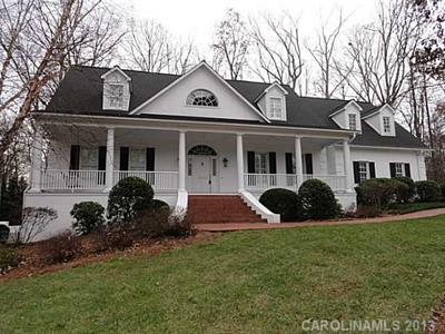 3232 Meadow Rue Lane Statesville, NC