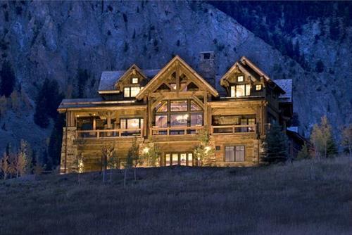 The Skyland Residence