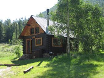 Doubletop (3 bed cabin) exterior summer