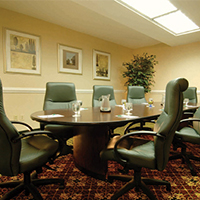 Host your next business meeting at the Holiday Inn Dulles!