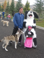 Bernard congratulating a family after the Furry 6K fun run