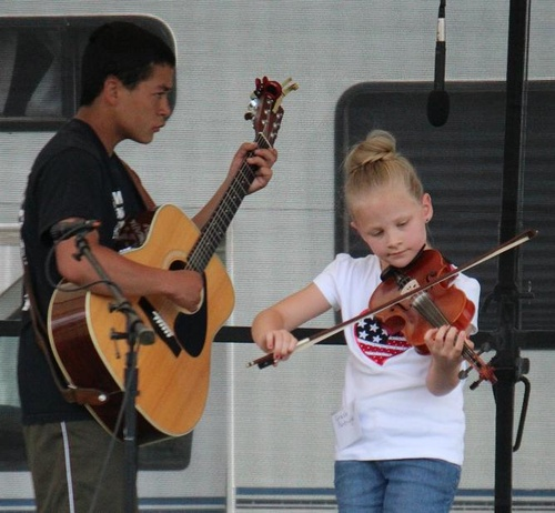 Gallery Image Young%20Fiddlers2.jpg