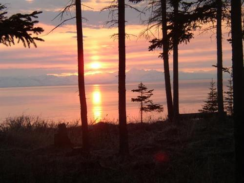 Gallery Image Oceanbluff_Redoubt_Sunset.JPG