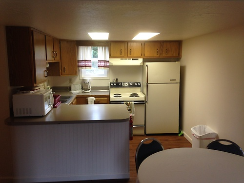 fully furnished kitchens