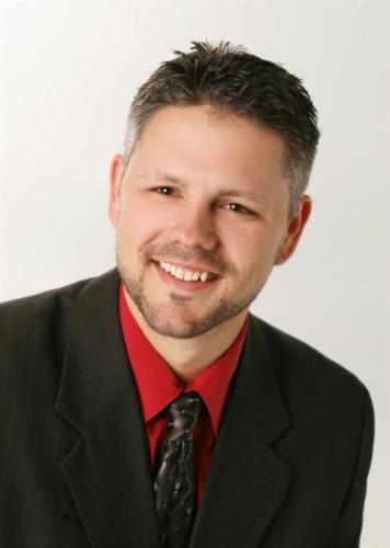 JP Owens, AVP.  Teays Valley Branch Manager