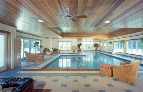 Gallery Image indoor_pool.jpg