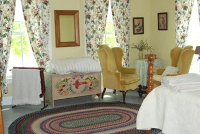 The House in Pumpkin Hollow Bed and Breakfast, Conway