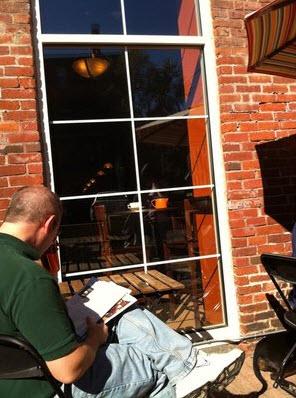 Gallery Image outdoor_seating.jpg