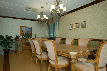 Care one at northampton nursing homes hospice services for Dining room northampton
