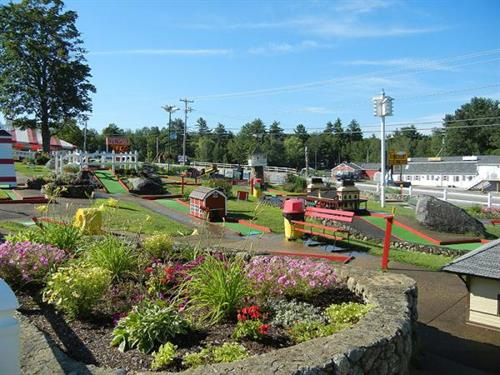 Our Famous Landmarks of NH Mini-Golf has been a been open since 1964!