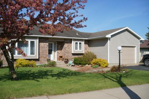 House Type P - Split Level, 4 BR, 2.5 BA, 1 Car Garage, 1450 sq. ft.