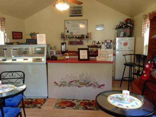 Country Corner Ice Cream Shop