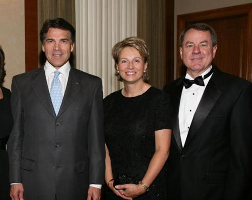 Plano Chamber ''Best of Plano'' 2009 with Governor Perry