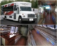 Freightliner Luxury Limo Bus (23 Passengers)