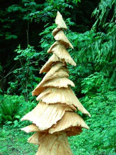 Gallery Image Carved_Tree.JPG
