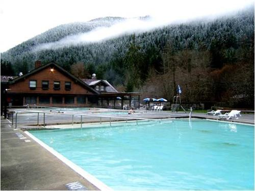 Sol Duc Hot Springs Resort Lodging Hotel Motels