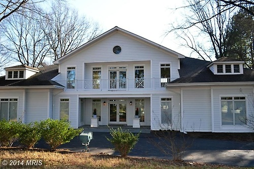 Easton Waterfront $ 2,195,000
