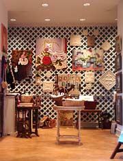 Gallery Image giftshop-07-1030-335-m.jpg