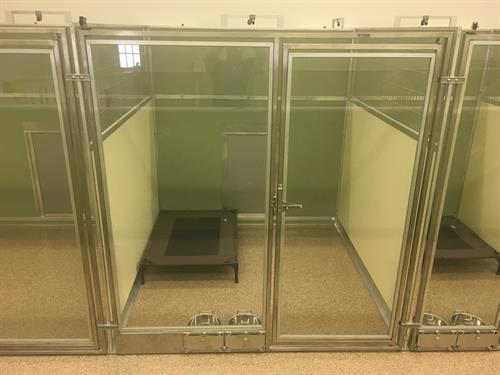 Pampered Pets standard 24 sqft kennel
