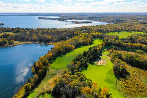 Dreamy Fall Golf at Deacons!