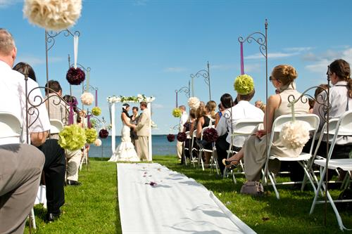 Point Lawn wedding