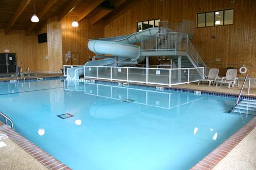 Pelican Center Pool