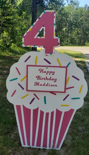 Pink Birthday Cupcake with keepsake plaque