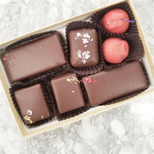 Weekly Chocolatier's Choice Assortment (raspberry ganache bars, rosemary caramels, salted caramel, strawberry lemonade truffles)