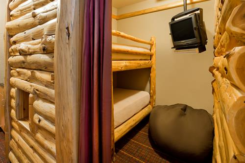 Gallery Image BWXBB-HIEX-Room-113-Log-Cabin-Bunks.jpg