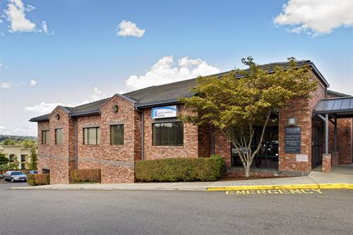 Pacific Medical Centers - Puyallup Clinic Building