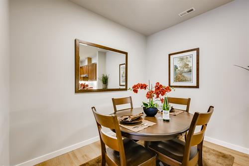 Dinner room for intimate dinners or entertaining visitors.