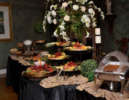 Gallery Image Catering2_Small.jpg