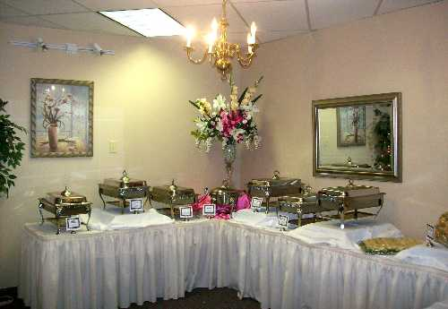 Gallery Image Catering_Bartlett_Banquet_Hall_catering_Small.jpg